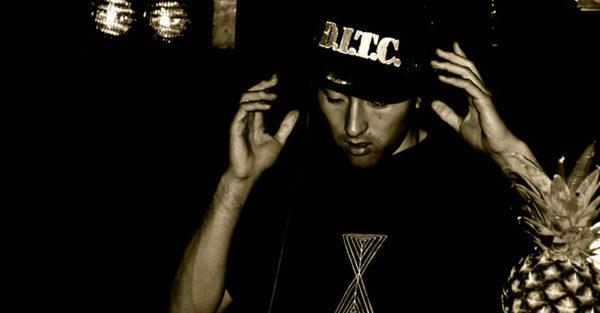 #01 DJ Kenchy